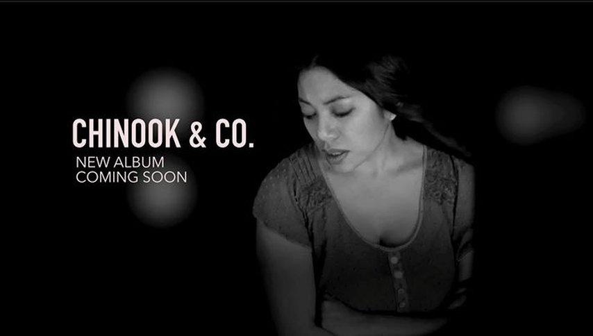 Chinook Neues Album Kontrabassistin